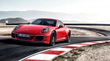 2017 Porsche 911 GTS Carrera