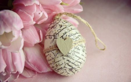 ♥ - romantic, spring, egg, Easter, pink tulips, bouquet, heart, flowers, tulips, pink, tulip, wood