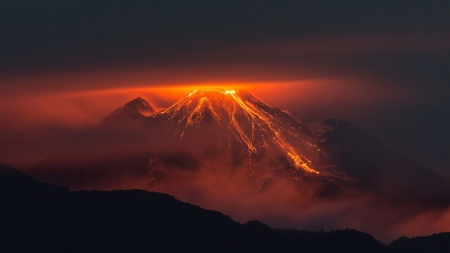 Volcano Night - mountain, Hawaii, lava, hot, volcano, Firefox Persona theme, night, light