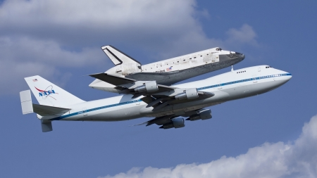 Discovery - sky, flight, shuttle, plane, discovery, space