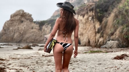 Cowgirl Vacation. . - malibu, female, models, cowgirl, fun, outdoors, women, student, brunettes, beach, sand, girls, fashion, western, style
