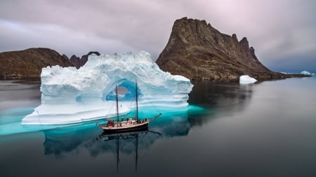 Sailing - ocean, iceberg, water, rocks, sea, sailing