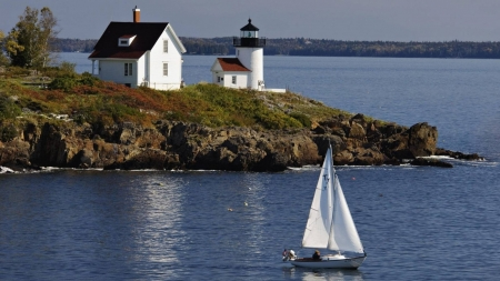 Lighthouse in Curtis Island - curtis island, sea, lighthouse, sailboat, nature