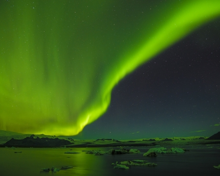 Aurora Borealis - hills, stars, northen lights, ice, aurora borealis, nature, sea