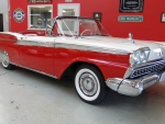 1959 Ford Fairlane 500 Skyliner retractable hardtop