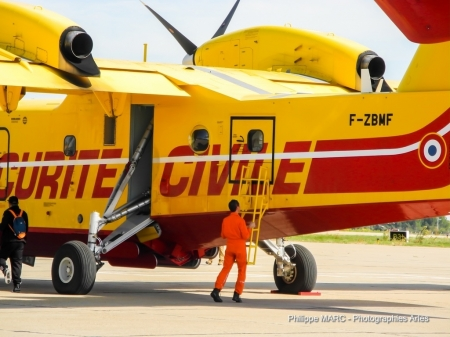 P�lican S�curit� Civile - canadair, security, aircraft, army