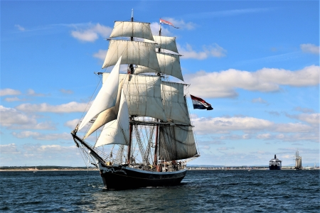 Tall Ship - sailboat, tall, ship, ocean