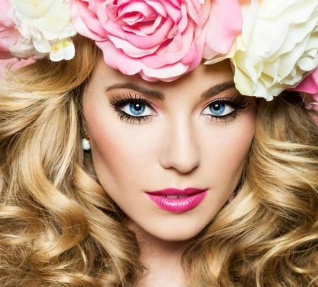 Beauty - wreath, model, blonde, woman, curls, girl, flower, face, white, eyes, pink, blue