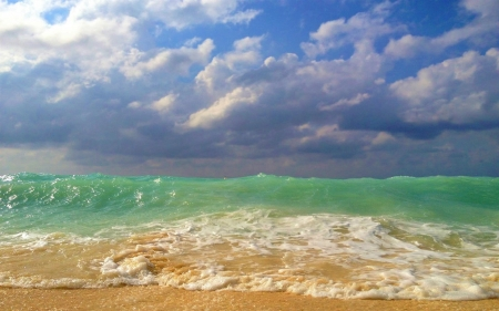 Turquoise Sea and Cloudy Blue Sky - Sea, Beaches, Nature, Oceans, Clouds, Sky