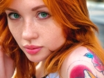 Model--With-Red-Hair-And-Green-Eyes-2
