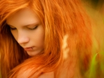 Model--With--Red-Hair-And-Green-Eyes-4