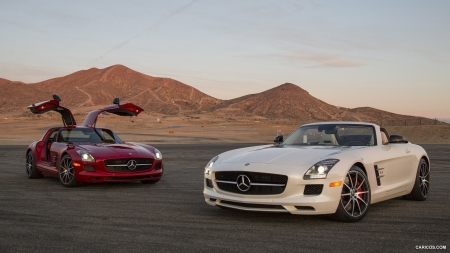 2013 Mercedes Benz Sls Amg Gt Roadster And Coupe Mercedes Cars
