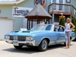 1970 Oldsmobile Cutlass Supreme 350 Rocket and Girl