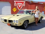 1970 Pontaic GTO Judge 400 and Girl