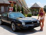 1976 Pontiac Trans AM 455 4-Speed and Girl