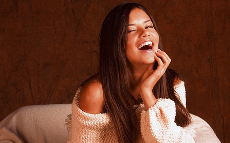 Adriana Laugh Casual - adriana lima, knit, brazilian, laugh, model, adriana, casual