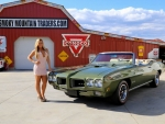 1970 Pontiac GTO Convertible 400 PS Power Top Automatic and Girl