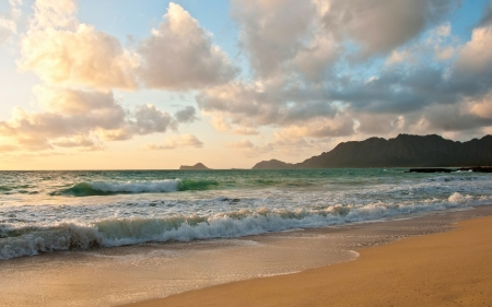 Oahu Beach, Hawaii - waves, ocean, beach, clouds, Hawaii