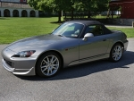 2004 Honda S2000 2.2 6-Speed 2-Door Convertible