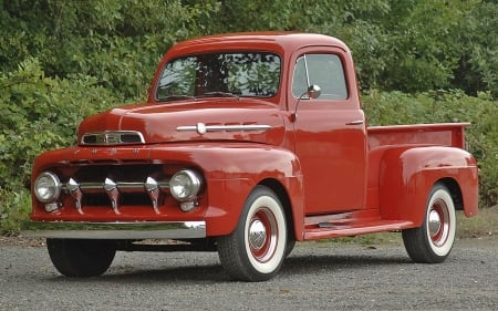 1952 Ford F-1 Pickup 215ci 3-Speed