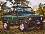 1995 Land Rover Defender 90 3.9 V8 5-Speed NAS 2-Door Wagon