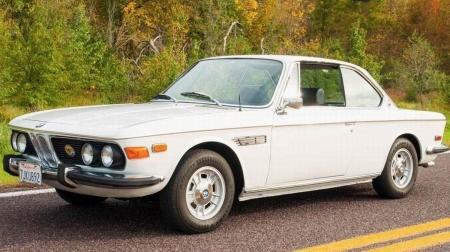 1972 Bmw 30 Cs Coupe 4 Speed Bmw Cars Background