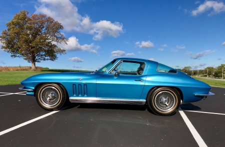 1966 Chevrolet Corvette Sting Ray Coupe 327ci V8 4-Speed - Chevrolet