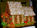 Thanksgiving Gingerbread House