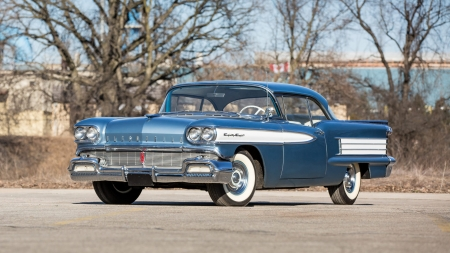 1958-Oldsmobile-88 - GM, Whitewalls, Blue, Classic