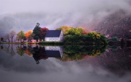 House on Autumn Lake - House, Nature, on, Autumn, Lake