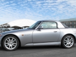 2004 Honda S2000 Convertible 2.2 VTEC 6-Speed