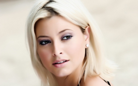 holly valance - valance, girl, australian, blonde, holly
