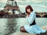 Pretty Woman in Front of the Eiffel Tower, Paris