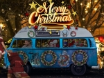 Christmas-VW_Bus-desktop