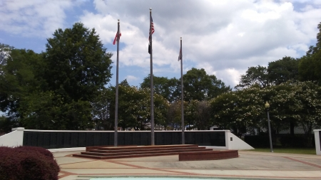 Veteran's Memorial in Anniston ,Alabama - awesome, memorials, veterans, flags