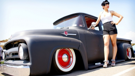 Classic Ford & Model - Babe, Pose, Truck, Pin Up