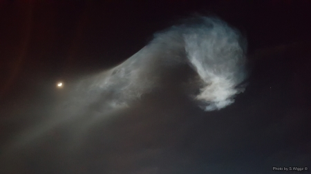 Plume from SpaceX Launch, Vandenberg AFB - Rocket, Vandenberg, Smoke, Launch, Night, X, Moon, Spacex, Plume, Space, California