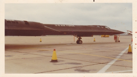 SNAKE IS-KAB - RAMP SHOT, SNAKE IS, KADENA AFB, SR-71