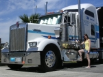 kenworth and the brunette