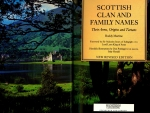 Book - Scottish Clans And Family Names