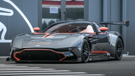 Aston Martin Vulcan - windows, Aston Martin Vulcan, desktop, wallpaper