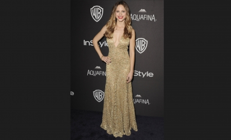 Sparkly Gold Gown - pretty, Californian, gown, Paper Towns, woman, event, gold, Blond, actress, 3658x2224, actor, Halston Sage