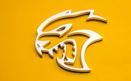 Hellcat Emblem For The Dodge Challenger Srt Dodge Cars
