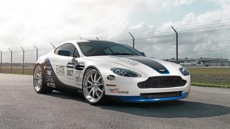 Aston Martin V Vantage Aston Martin Cars Background - 2018 aston martin v8 vantage