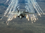 F-22 Raptor Deploying Flares