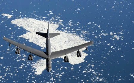 B52 - cool, aircraft, ocean, military, fun, B52