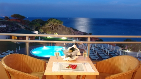 Beautiful Evening - resort, table, romantic, ocean, sky, chairs, beauty, stawberries, evening