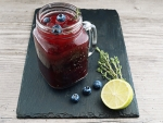 Fresh berries juice
