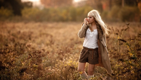 Autumn Woman - Bronde, White, Woman, Field, Autumn