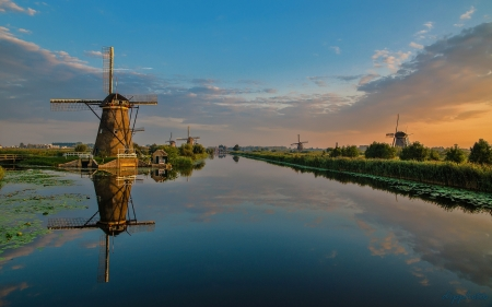 Landscape of Netherlands - twilight, Netherlands, windmills, canal
